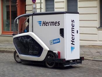 hermesversand-elektrofahrzeug2
